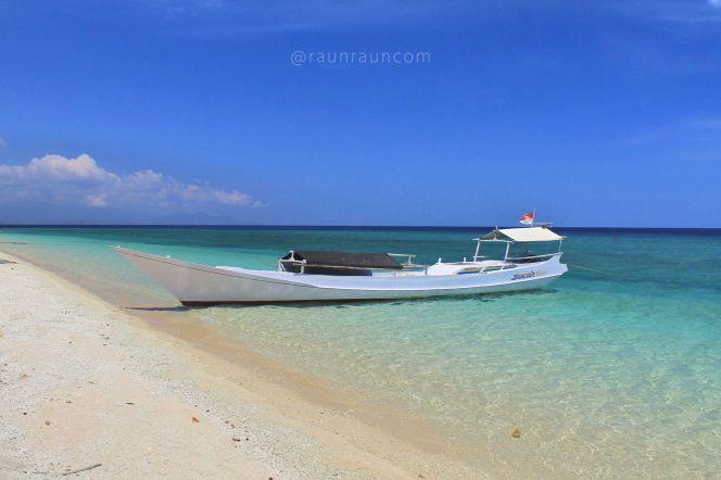 Open Trip Pulau Kenawa dan PulauMoyo